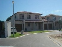 R 990,000 - 2 Bedroom, 1 Bathroom  Property For Sale in Vredenberg