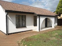 R 3,600 - 3 Bedroom, 1 Bathroom  House To Rent in Ga Rankuwa