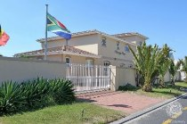 R 4,995,000 - 8 Bedroom, 7 Bathroom  Guest House For Sale in Sunset Beach, Cape Town, Table Bay