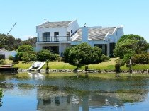 R 3,970,000 - 5 Bedroom, 4 Bathroom  Home For Sale in Marina Da Gama