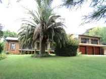 R 30,000 - 4 Bedroom, 3.5 Bathroom  House To Rent in Erasmusrand, Pretoria, Central