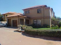 R 1,800,000 - 3 Bedroom, 2 Bathroom  Property For Sale in Glen Marais, Kempton Park