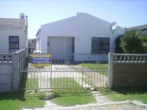 R 649,000 - 3 Bedroom, 1 Bathroom  House For Sale in Summer Greens