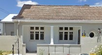 R 2,600,000 - 7 Bedroom, 3 Bathroom  Property For Sale in Observatory
