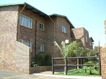 R 4,400 - 2 Bedroom, 1 Bathroom  Flat To Rent in Witfield, Boksburg