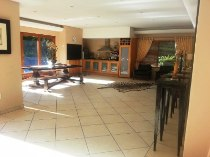 R 3,750,000 - 4 Bedroom, 3 Bathroom  House For Sale in Alphen Park