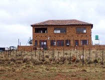 R 2,000,000 - 3 Bedroom, 3 Bathroom  Farm For Sale in Magaliesburg