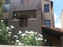 R 770,000 - 2 Bedroom, 2 Bathroom  Apartment For Sale in Lakefield