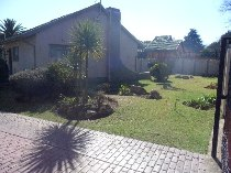 R 1,100,000 - 4 Bedroom, 2 Bathroom  House For Sale in Beyers Park, Boksburg