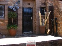 R 1,400,000 - 3 Bedroom, 2 Bathroom  Property For Sale in Illiondale