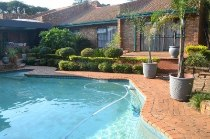 R 2,100,000 - 4 Bedroom, 2 Bathroom  Property For Sale in Moreleta Park