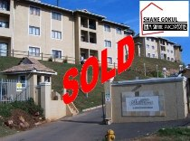R 490,000 - 3 Bedroom, 2 Bathroom  Flat For Sale in Phoenix