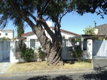R 1,195,000 - 4 Bedroom, 1 Bathroom  House For Sale in Kenwyn