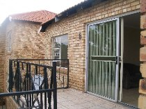 R 595,000 - 2 Bedroom, 2 Bathroom  Property For Sale in Little Falls