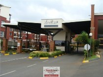R 899,000 - 2 Bedroom, 2 Bathroom  Property For Sale in Edenvale