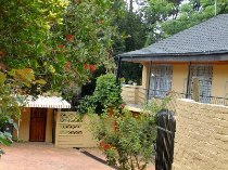 R 1,950,000 - 3 Bedroom, 2 Bathroom  House For Sale in Blairgowrie