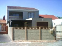 R 980,000 - 4 Bedroom, 2 Bathroom  Property For Sale in Summer Greens