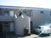 R 480,000 - 1 Bedroom, 1 Bathroom  Flat For Sale in Bothasig