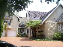 R 20,000 - 5 Bedroom, 3 Bathroom  Home To Let in Fairland, Randburg