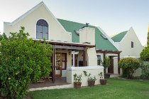 R 2,095,000 - 4 Bedroom, 3 Bathroom  Property For Sale in Vierlanden