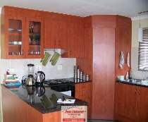 R 1,300,000 - 2 Bedroom, 2 Bathroom  Residential Property For Sale in Illiondale