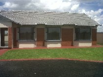 R 899,900 - 3 Bedroom, 2 Bathroom  House For Sale in Azaadville, Randfontein