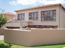 R 1,345,000 - 3 Bedroom, 2 Bathroom  Property For Sale in Randpark Ridge