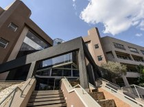 R 5,000 -  Commercial Property To Let in Parktown, Johannesburg