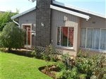 R 990,000 - 3 Bedroom, 1 Bathroom  Home For Sale in Dawnview