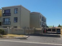 R 480,000 - 2 Bedroom, 2 Bathroom  Flat For Sale in Parklands