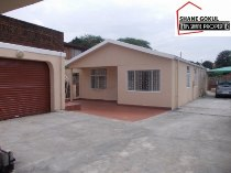 R 995,000 - 3 Bedroom, 2 Bathroom  Property For Sale in Newlands West