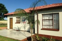 R 539,000 - 2 Bedroom, 1 Bathroom  House For Sale in Atteridgeville, Pretoria, West