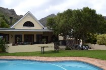 R 28,000 - 4 Bedroom, 3 Bathroom  Home To Let in Hout Bay