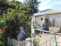 R 350,000 - 3 Bedroom, 2 Bathroom  House For Sale in Randfontein