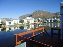 R 1,495,000 - 3 Bedroom, 2 Bathroom  Property For Sale in Marina Da Gama