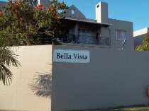 R 375,000 - 1 Bedroom, 1 Bathroom  Flat For Sale in Brackenfell