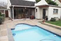 R 1,750,000 - 3 Bedroom, 3 Bathroom  Property For Sale in Plumstead, Cape Town, Southern Suburbs