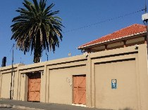 R 2,999,999 - 2 Bathroom  Commercial Property For Sale in Highlands North