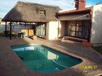 R 665,000 - 3 Bedroom, 2 Bathroom  Home For Sale in Jan Cillierspark, Welkom