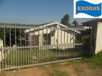 R 529,000 - 3 Bedroom, 1 Bathroom  House For Sale in Newlands West, Durban North