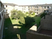 R 540,000 - 2 Bedroom, 1 Bathroom  Apartment For Sale in Morehill