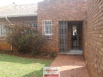 R 1,390,000 - 3 Bedroom, 2 Bathroom  House For Sale in Hurlyvale