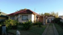 R 434,800 - 3 Bedroom, 1 Bathroom  House For Sale in Welkom