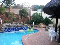 R 1,700,000 - 5 Bedroom, 4 Bathroom  House For Sale in Kloofendal