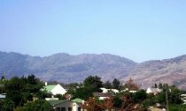R 420,000 - 2 Bedroom, 1 Bathroom  Flat For Sale in Tulbagh