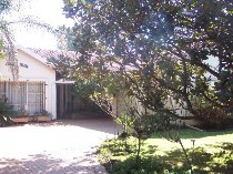 R 1,175,000 - 3 Bedroom, 2 Bathroom  Property For Sale in Wilro Park, Roodepoort