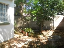 R 9,500 - 1 Bedroom, 1 Bathroom  Apartment To Rent in Craighall Park, Sandton