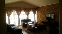 R 2,900,000 - 4 Bedroom, 3 Bathroom  House For Sale in Parkmore