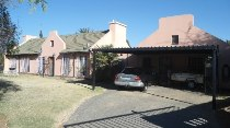 R 780,000 - 4 Bedroom, 2 Bathroom  Property For Sale in Crystal Park