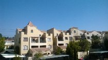 R 8,700 - 2 Bedroom, 1 Bathroom  Apartment To Rent in Morningside